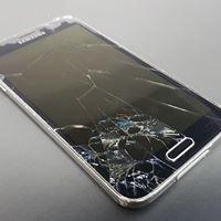 zbita szybka i ekran w Samsungu
