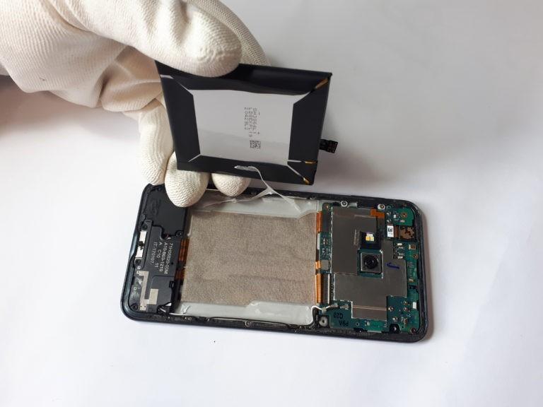 wymiana baterii naprawa telefonów